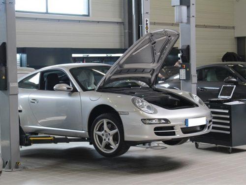 Mobilier atelier DEA Porsche