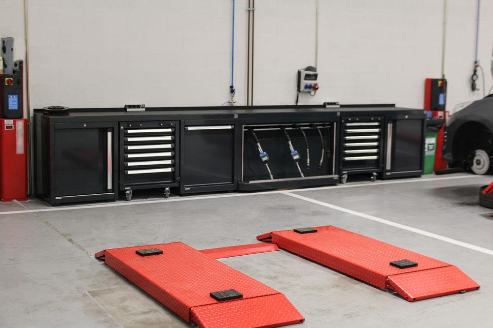 atelier retail psa le bouscat lk distribution. Black Bedroom Furniture Sets. Home Design Ideas