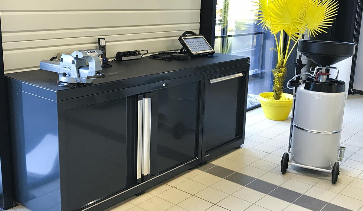 Mobilier d'atelier DEA et récupérateur d'huile mobile WORKY
