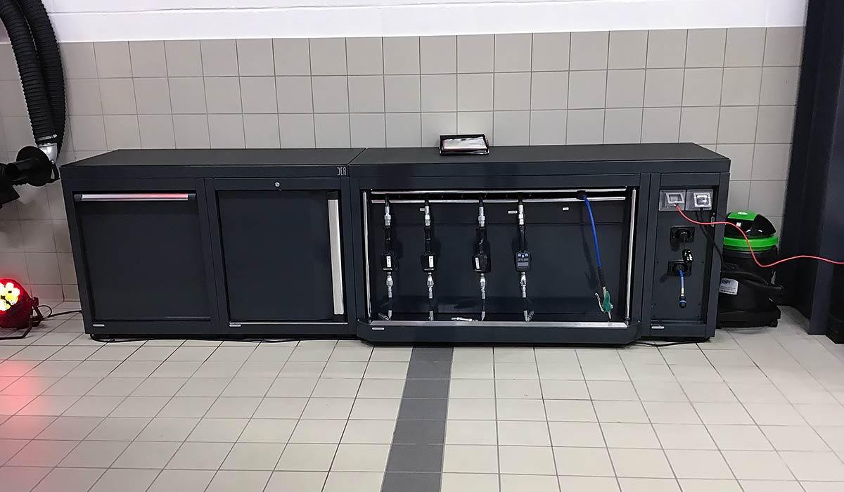 Mobilier DEA avec Pistolets pour la distribution des fluides et Système d
