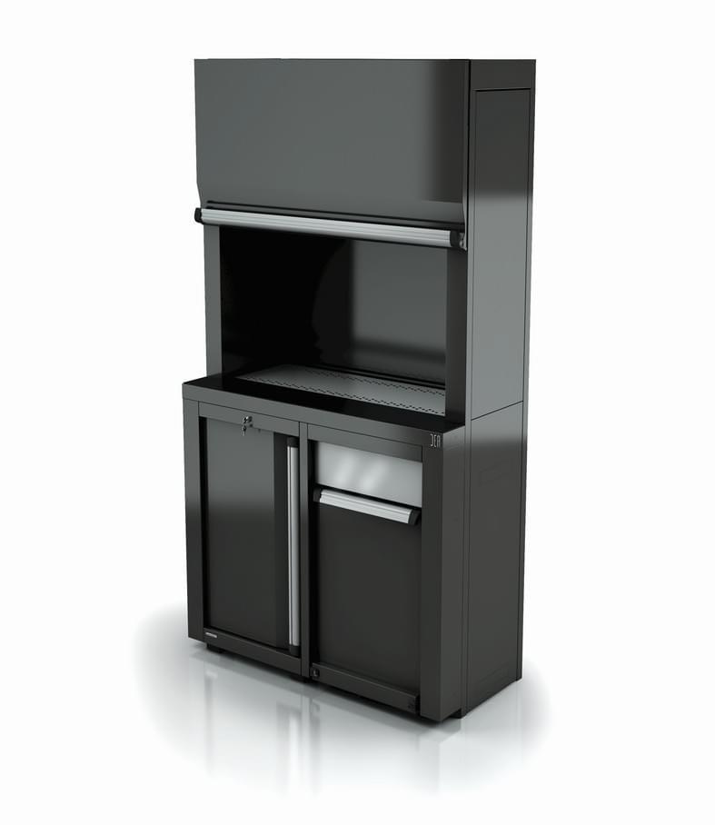 Dans la partie inférieur du meuble se trouve la cuve recueille gouttes en acier inox, une armoire avec porte à droite à contenu élevé et d'un module pour le tri sélectif.