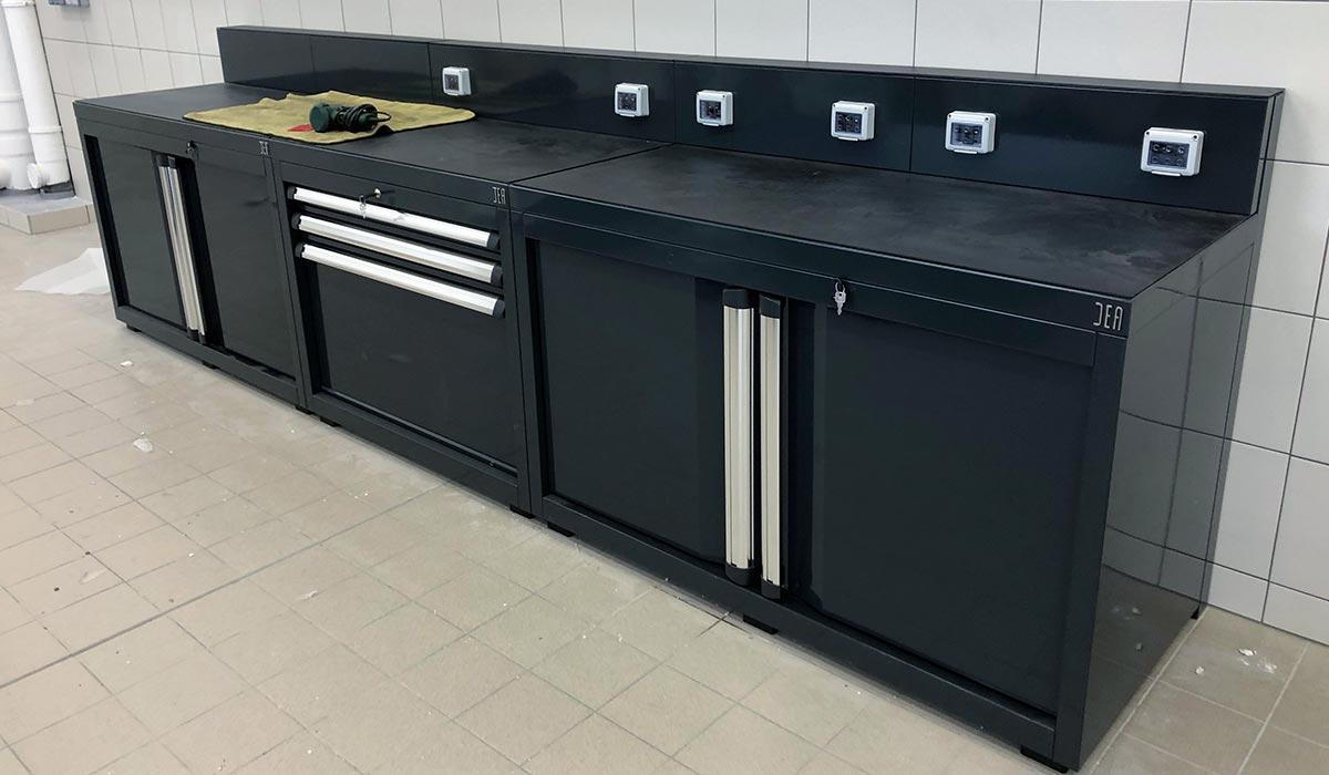 Mobilier d'atelier auto DEA - Atelier du siège BMW France